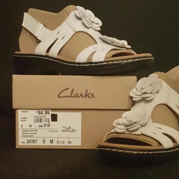 67c128e6827 CLARKS Artisan Leisa Claytin white sandals